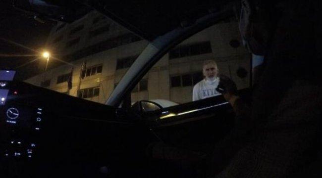 Taksim'deki değnekçiler yine devrede: Bir saati 15 lira
